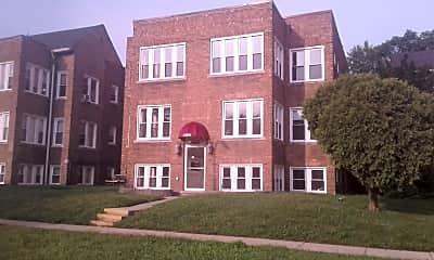 Dearborn Apartments, 1