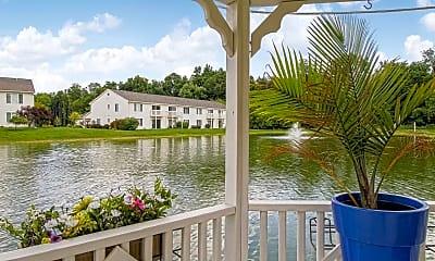 Recreation Area, Keystone Lake Apartments, 1