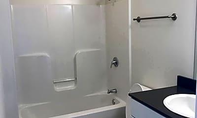 Bathroom, 1302 E 6th St, 2