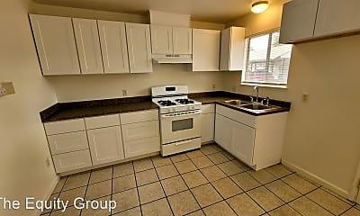 Kitchen, 569 N Elmwood Ave, 2