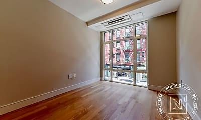 Patio / Deck, 242 Elizabeth St, 2