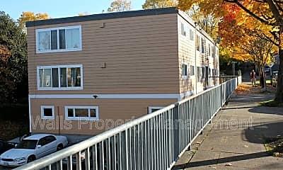 Building, 2114 E Yesler Way, 2