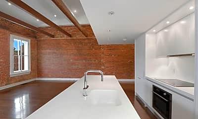 Bathroom, 3034 M St NW 1, 1