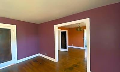 Living Room, 1821 N Blackwelder Ave, 2