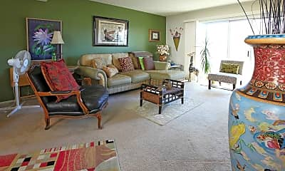 Living Room, Country Club Plaza Townhouses, 1