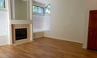 Living Room, 2027 Coolngreen Way, 1