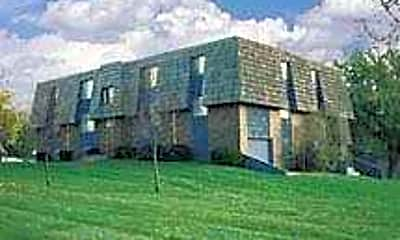 Blue Ridge Manor, 1