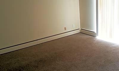 Living Room, 2345 Beechmont Ave, 2
