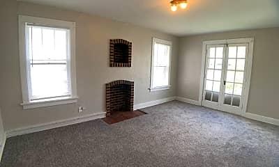 Living Room, 518 Kolping Ave, 1