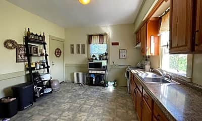 Kitchen, 7 Caswell Ave 2, 1