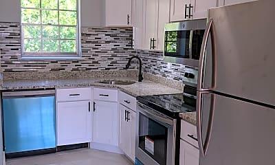 Kitchen, 28 Old Pepperidge Ln, 0