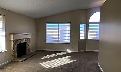 Living Room, 6169 Walnut Creek Rd, 1