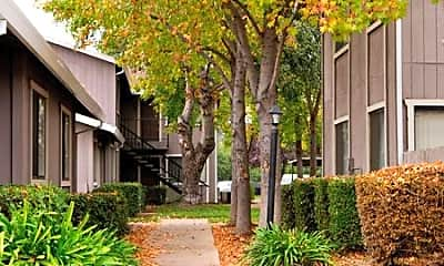 Courtyard Cottages, 0