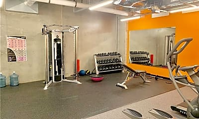 Fitness Weight Room, 309 E 5th St, 1