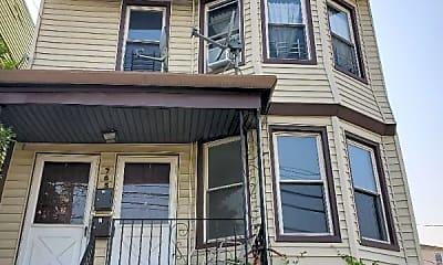 765 Garfield Ave, 2