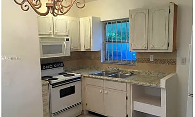 Kitchen, 5510 NE 1st Ct 4, 1