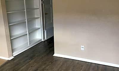 Bedroom, 307 E 31st St, 1