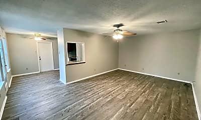 Living Room, 3825 Kimberly Dr, 0