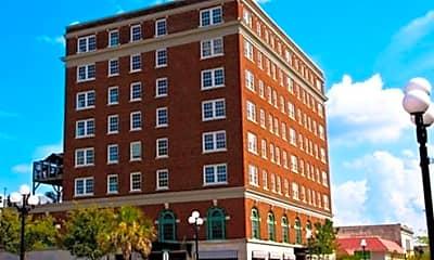 Building, 402 North Main Street, 0