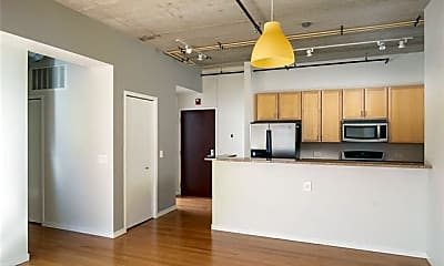 Kitchen, 3670 Woodward Ave 205, 1