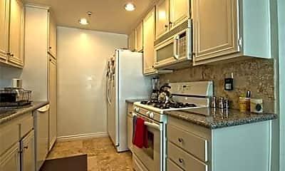 Kitchen, 565 Esplanade, 0