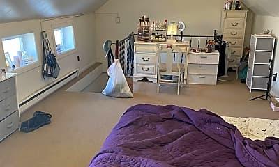 Bedroom, 524 Maple Ave 6, 2