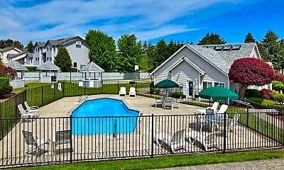 Pool, The Harrison, 1
