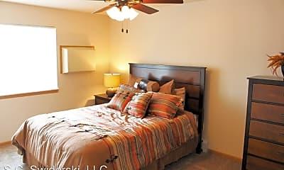 Bedroom, 724 Mill St, 1