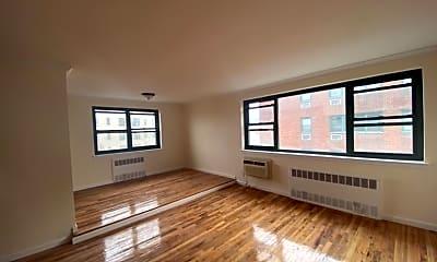 Living Room, 210 Atlantic Ave C3H, 0