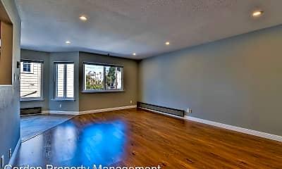 Living Room, 2396 Pine St, 1