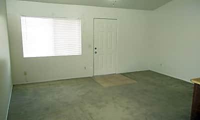 Living Room, 906 N Revere 202, 1