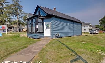Building, 902 Locust St, 0