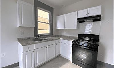 Kitchen, 576 Hawthorne Ave, 2
