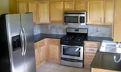 Kitchen, 7 Marigold Ln, 1