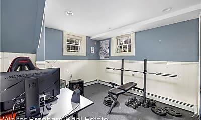 Living Room, 240 Hope St, 2