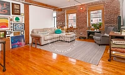 138 Mulberry St, 0