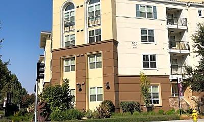 Epic Apartments, 1