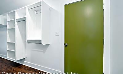 Bathroom, 3800 Hampton Ave, 1