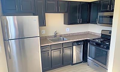 Kitchen, 1407 Parkway Dr, 1