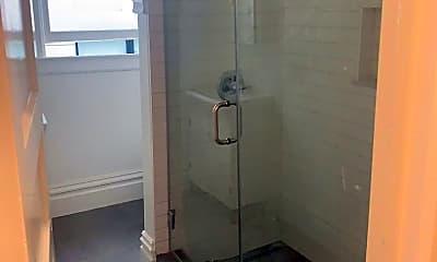 Bathroom, 850 Capp St, 1