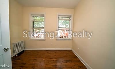 Bedroom, 28-33 36th St, 2