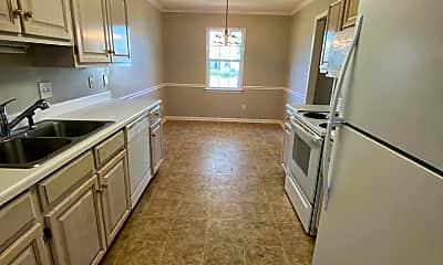 Kitchen, 354 Cobblestone Way, 1