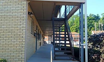 Powells Garden Apartments, 2