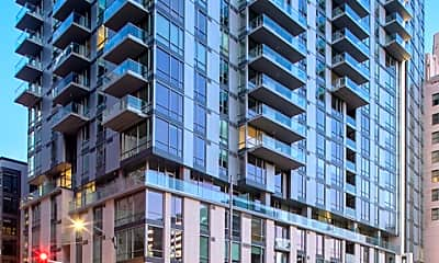 Building, 427 W 5th St 0303, 0