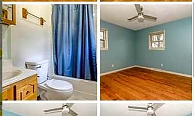Living Room, 514 Earl Dr, 2