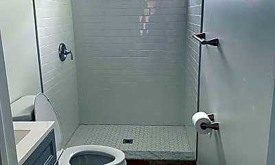Bathroom, 5959 N Beechwood St, 1