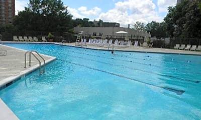 Pool, 1600 N Oak St 1603, 2