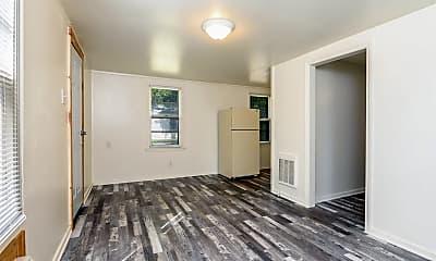 Living Room, 854 S Belmont St, 1