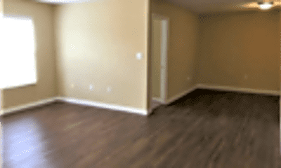 Living Room, 2410 Highland Park Drive, 2