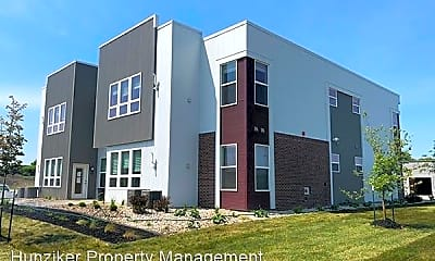 Building, 3305 Aurora Ave, 1